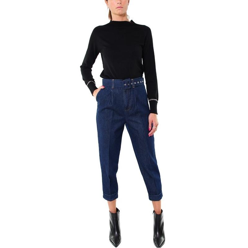 Pantalone blu chino, a vita alta, vestibilità slim abbinato