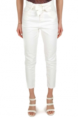 JEANS MOM FIT CON CINTURA IN DENIM STRETCH, BIANCO